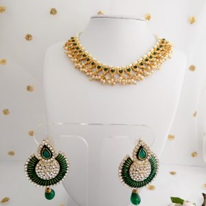 Pretty Little Green Set Necklaces Green
