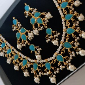 Turquoise Set With Pearls Necklaces Blue