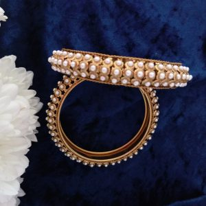 Pearl Bangles in Antique Gold – Size 2.6 Accessories Pearls