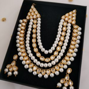 White Pearls Set Necklaces Pearls
