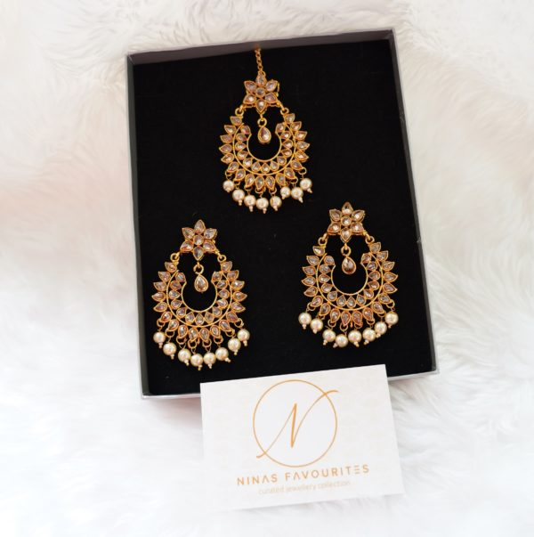 Arusha – Classic Polki Tikka Set The Bollywood Trends Collection champagne