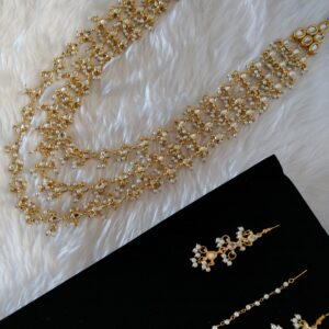 Adorable Kundan Haar Set Necklaces Pearls