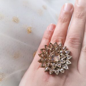 Antique Gold Flower Ring Accessories Pearls